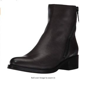 Sale!!!! FRYE Women's Demi Zip Bootie Boot